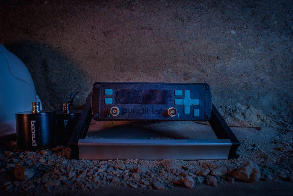 Ultrasonic Pulse velocity 4