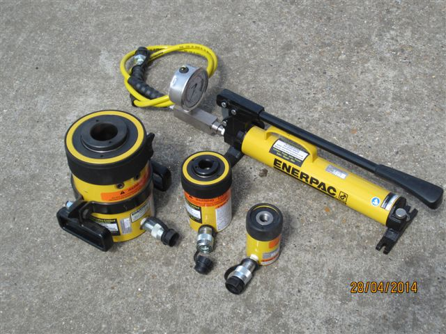 Enerpac load testers1